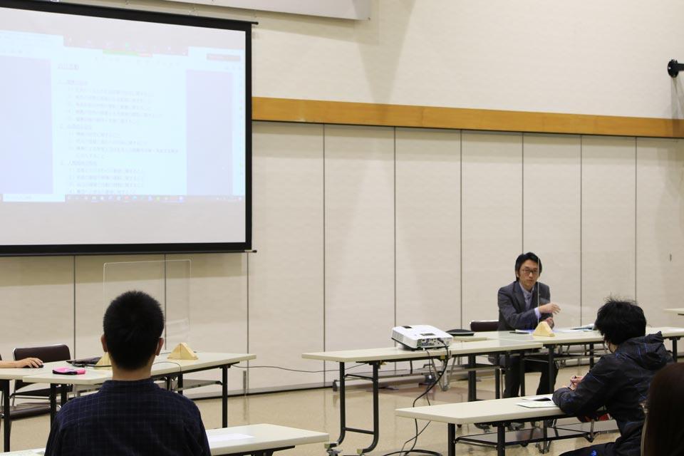 十勝リハビリテーションセンター:平松作業療法士と、芽室町教育委員会:清末地域コーディネーターによる、リハビリ的な視点や、教育活動の視点からのコメント